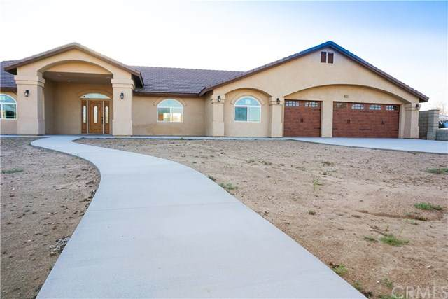 9312 Hickory Avenue, Hesperia, CA 92345 (#302490038) :: Keller Williams - Triolo Realty Group