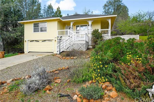17895 Deer Hill Road, Hidden Valley Lake, CA 95467 (#302491905) :: The Stein Group