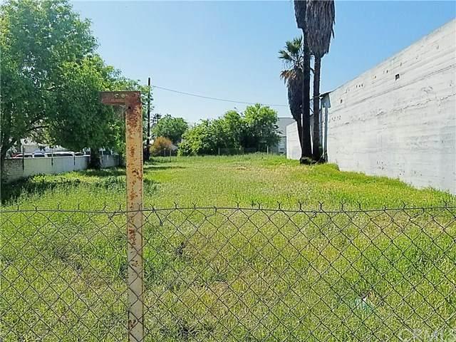 840 N E, San Bernardino, CA 92410 (#302502250) :: Compass