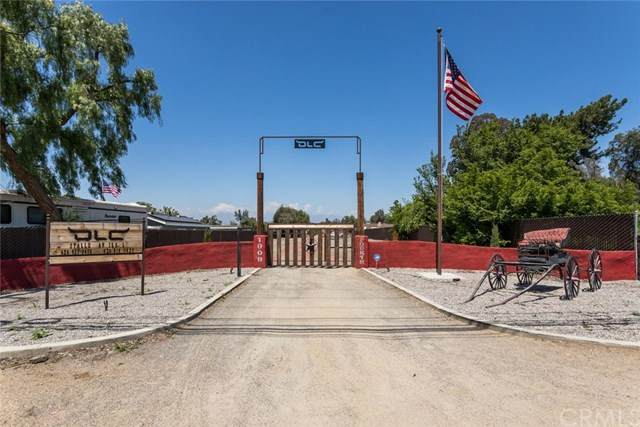 1009 4th Street, Norco, CA 92860 (#302502828) :: COMPASS