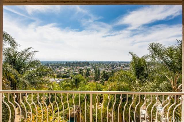 12296 Circula Panorama, North Tustin, CA 92705 (#302515370) :: Compass