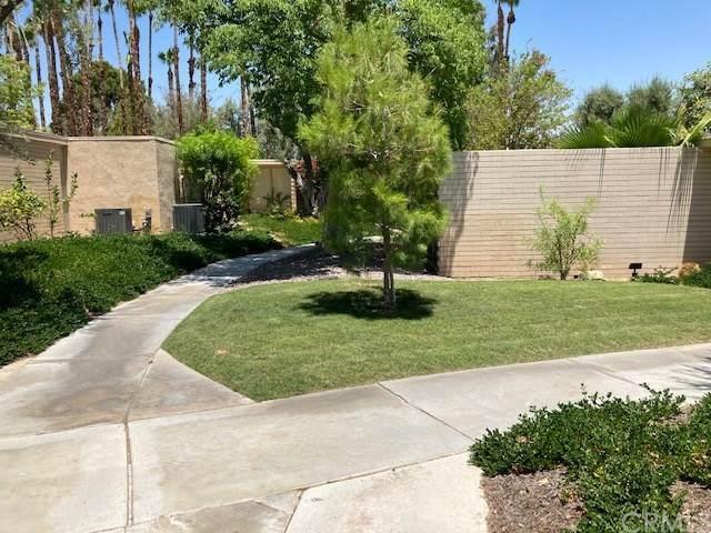 360 Cabrillo Road #209, Palm Springs, CA 92262 (#302517197) :: Compass