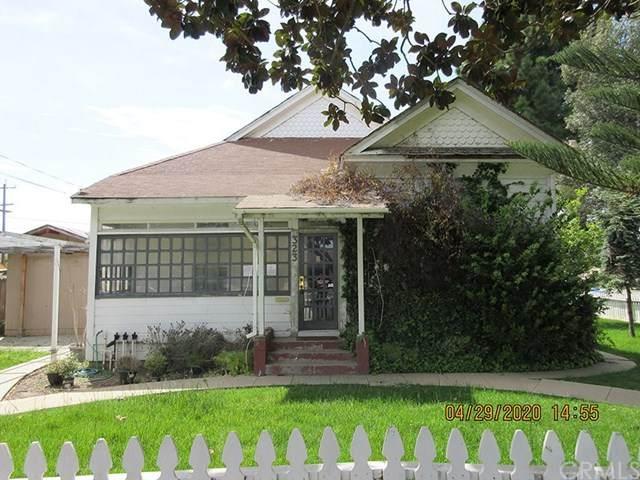 323 N Pine Street, Santa Maria, CA 93458 (#302524519) :: Whissel Realty