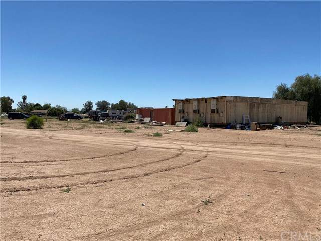 1745 Kamm, Holtville, CA 92250 (#302526499) :: Whissel Realty