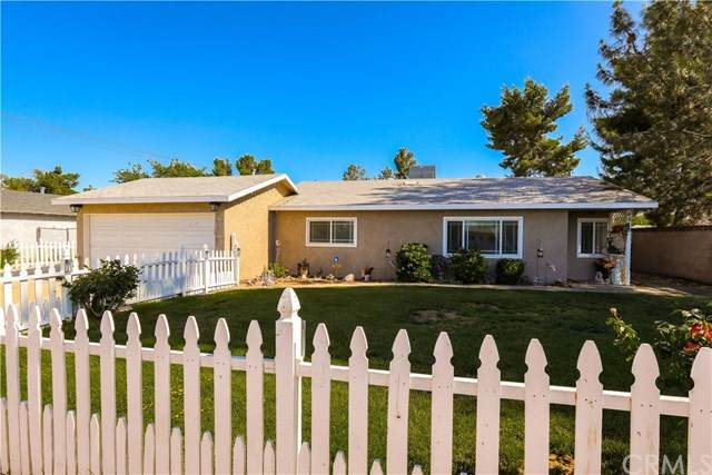 4812 W Avenue L4, Lancaster, CA 93536 (#302532241) :: Whissel Realty