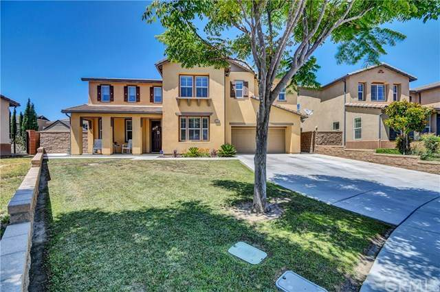 14334 Harvest Valley Avenue, Eastvale, CA 92880 (#302539888) :: Cay, Carly & Patrick | Keller Williams