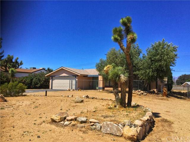 6960 Prescott Avenue, Yucca Valley, CA 92284 (#302541737) :: Keller Williams - Triolo Realty Group