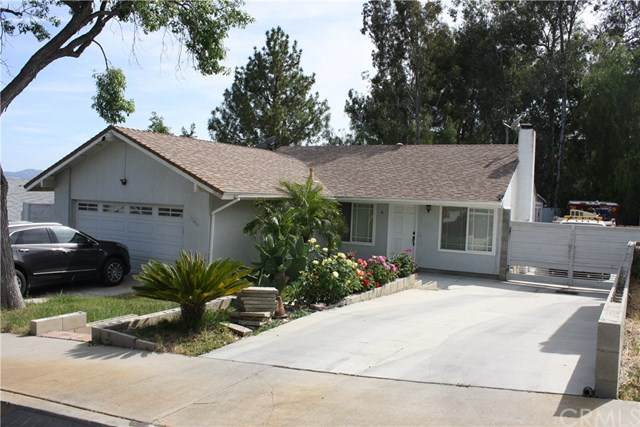 27411 Onlee Avenue, Saugus, CA 91350 (#302542598) :: COMPASS