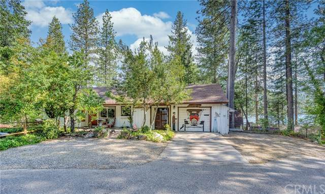 54262 Mono, Bass Lake, CA 93604 (#302551592) :: Whissel Realty