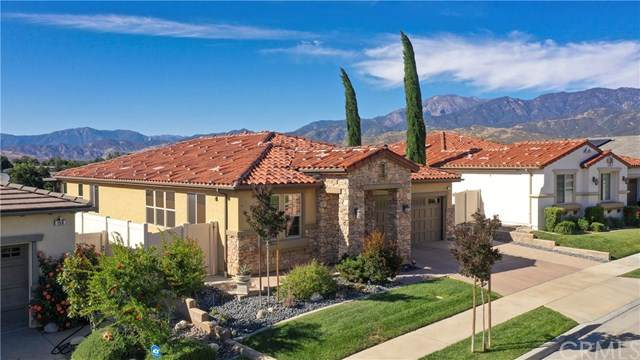 152 Country Club, Calimesa, CA 92320 (#302552557) :: Whissel Realty