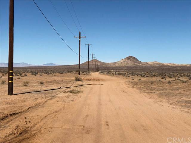 0 140th, California City, CA 93505 (#302559846) :: Whissel Realty