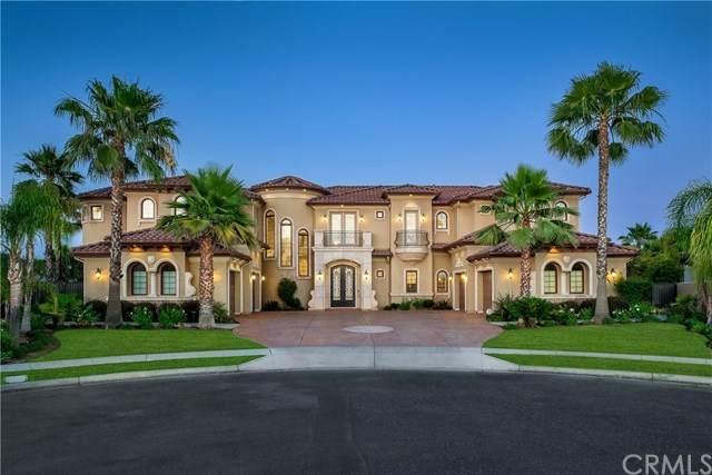 2091 E Sawgrass Avenue, Fresno, CA 93730 (#302568031) :: Whissel Realty
