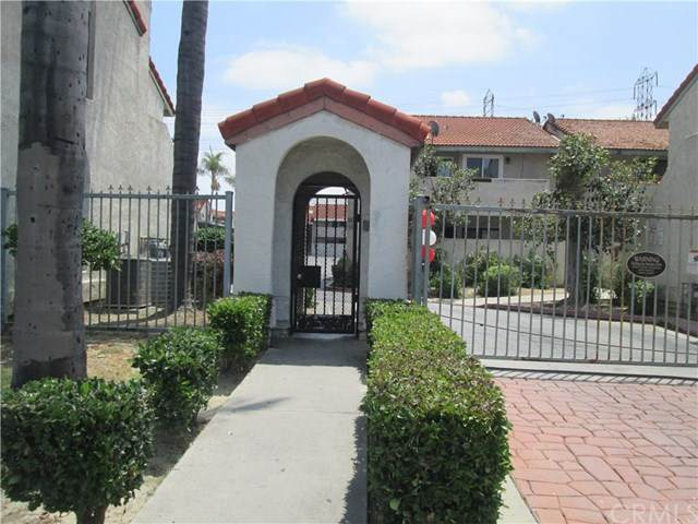 15338 Gundry Avenue #215, Paramount, CA 90723 (#302568578) :: San Diego Area Homes for Sale