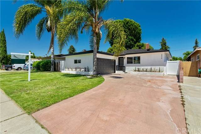 5848 Natick Avenue, Van Nuys, CA 91411 (#302571158) :: Compass