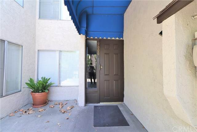 9111 Summertime Lane, Culver City, CA 90230 (#302572676) :: Whissel Realty