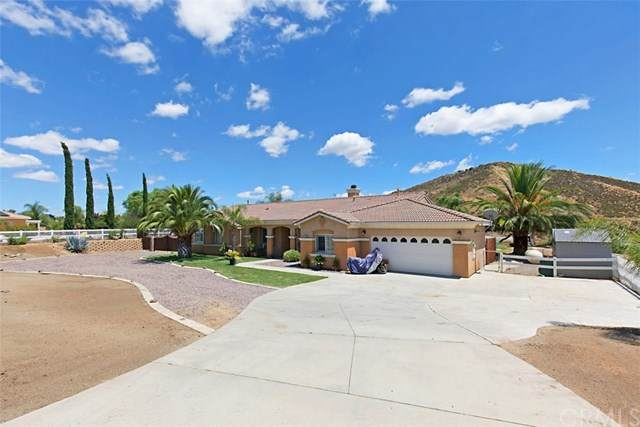 17767 Big Sky Circle, Lake Mathews, CA 92570 (#302575806) :: Cay, Carly & Patrick | Keller Williams