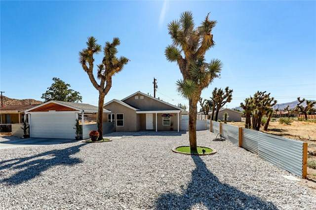 7023 Tamarisk Avenue, Yucca Valley, CA 92284 (#302576839) :: Keller Williams - Triolo Realty Group