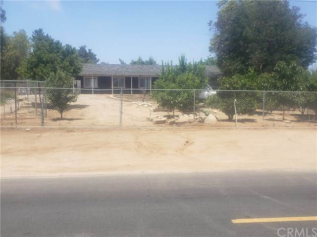 2024 Sunnysands Drive, Perris, CA 92570 (#302577001) :: Cay, Carly & Patrick | Keller Williams
