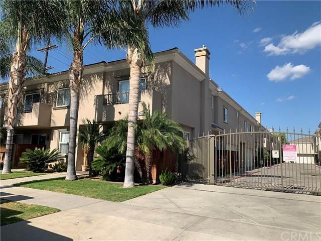 7132 Farralone Avenue #207, Canoga Park, CA 91303 (#302577078) :: Tony J. Molina Real Estate