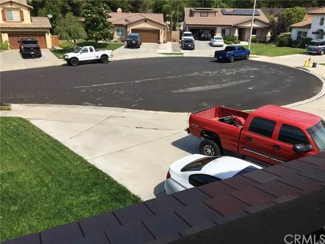 11741 Fairway Drive, Yucaipa, CA 92399 (#302579239) :: Whissel Realty