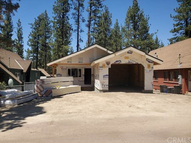213 W Sherwood Boulevard, Big Bear, CA 92314 (#302580708) :: Yarbrough Group
