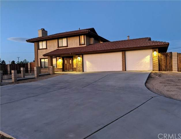 15515 Kasota Road, Apple Valley, CA 92307 (#302581351) :: Whissel Realty
