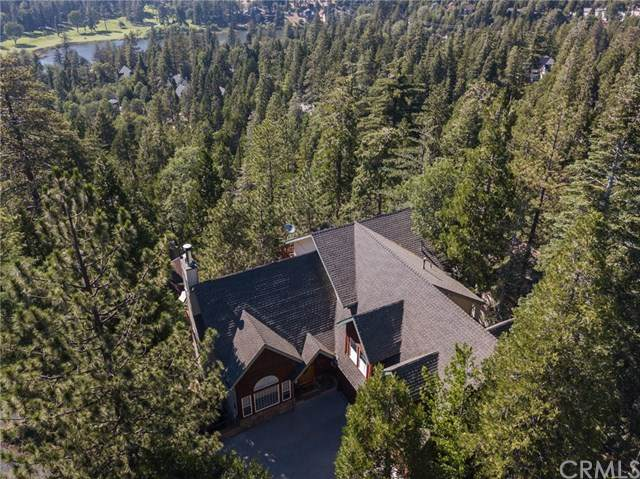 440 Rainier Road, Lake Arrowhead, CA 92352 (#302581363) :: Whissel Realty