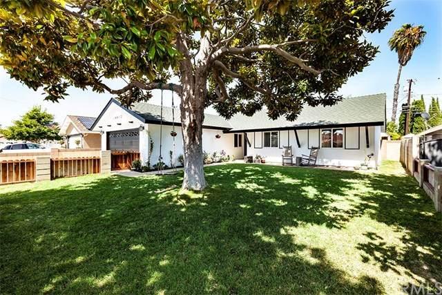16602 Dale Vista Lane, Huntington Beach, CA 92647 (#302582263) :: Cay, Carly & Patrick   Keller Williams