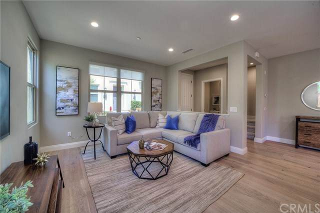 193 Excursion, Irvine, CA 92618 (#302582299) :: Whissel Realty