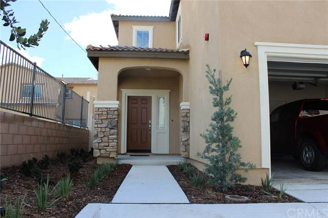 24242 Hazelnut Avenue, Murrieta, CA 92562 (#302582500) :: Keller Williams - Triolo Realty Group