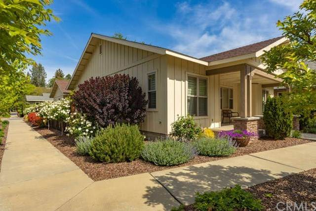 1984 Lionsgate Way, Chico, CA 95928 (#302582548) :: Whissel Realty