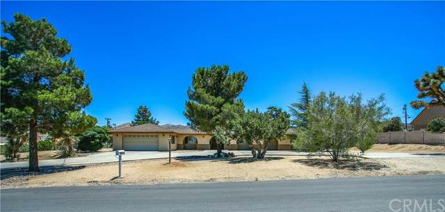 58855 Piedmont Drive, Yucca Valley, CA 92284 (#302583389) :: Whissel Realty