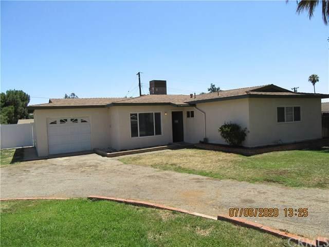 35287 Vineyard Street, Yucaipa, CA 92399 (#302583704) :: Whissel Realty