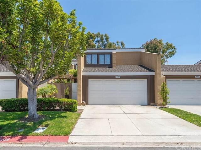 19728 Seashore Circle, Huntington Beach, CA 92648 (#302585464) :: Compass