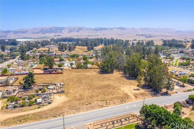 675 Orchard, Nipomo, CA 93444 (#302585945) :: Compass