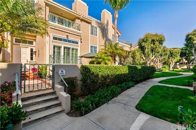 19295 Wingedfoot Circle, Huntington Beach, CA 92648 (#302586709) :: Compass