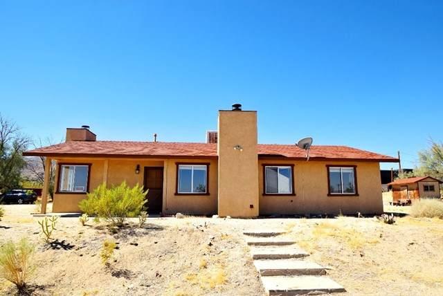 65883 Cactus Drive, Joshua Tree, CA 92252 (#302587443) :: Compass