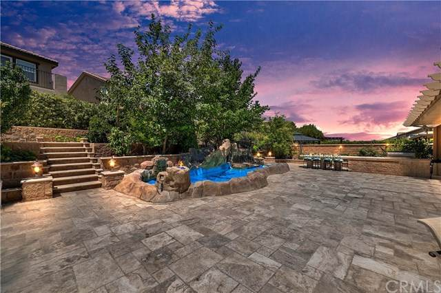 7534 Sanctuary Drive, Corona, CA 92883 (#302588132) :: Pugh-Thompson & Associates