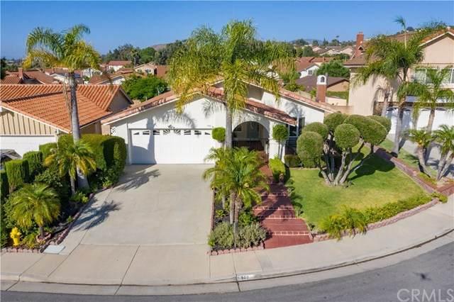 980 S Quincy Circle, Anaheim Hills, CA 92807 (#302588829) :: Compass