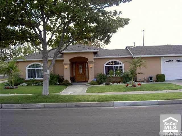 787 S Laurinda Lane, Orange, CA 92869 (#302590305) :: Compass