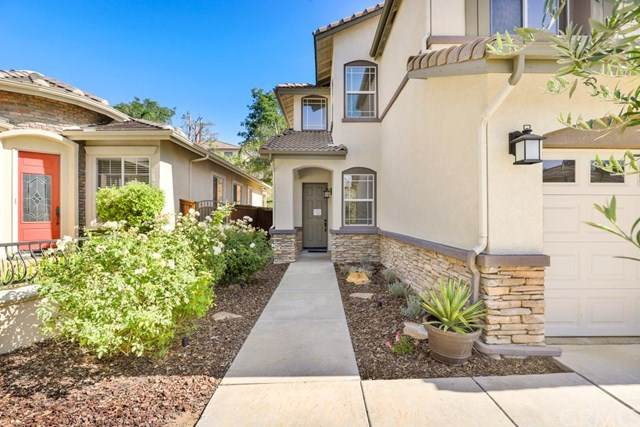 32988 Valence Court, Temecula, CA 92592 (#302594688) :: Whissel Realty