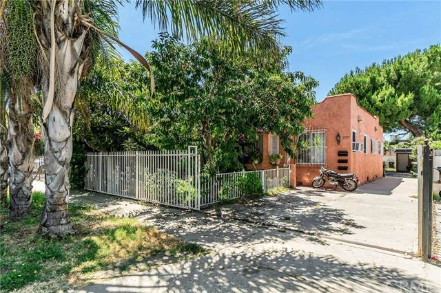 2737 West View Street, Los Angeles, CA 90016 (#302600204) :: Whissel Realty
