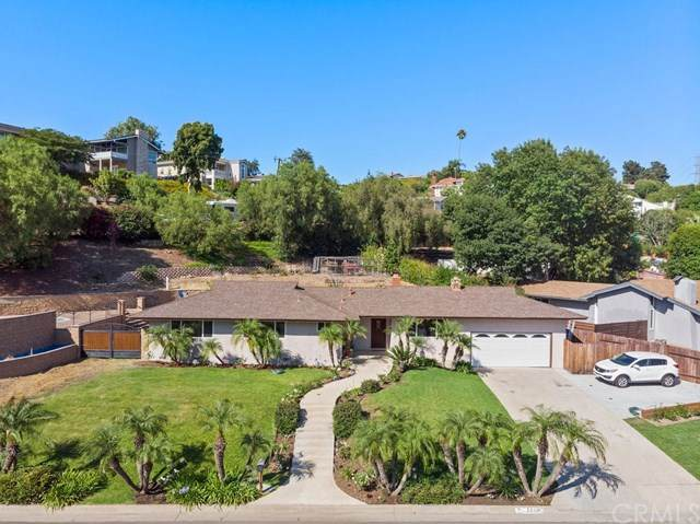 2615 E Villa Vista Way, Orange, CA 92867 (#302605082) :: Whissel Realty