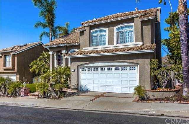 15 Enfilade Avenue, Lake Forest, CA 92610 (#302605774) :: Whissel Realty