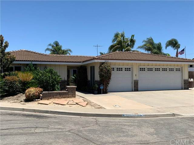 18532 Bushard Street, Fountain Valley, CA 92708 (#302606379) :: Whissel Realty