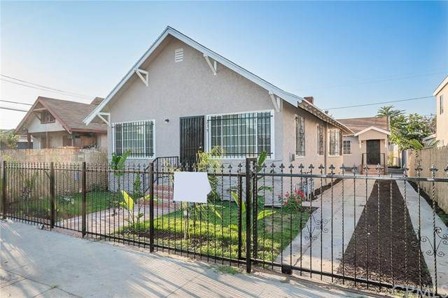 239 W 61st Street, Los Angeles, CA 90003 (#302606605) :: Whissel Realty