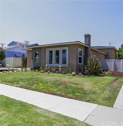 2465 Pepperwood Avenue, Long Beach, CA 90815 (#302607455) :: Whissel Realty