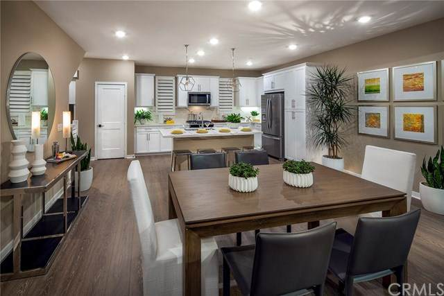 2924 Via Alta Place #55, San Diego, CA 92108 (#302607559) :: Whissel Realty