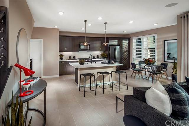 2962 Via Alta Place #41, San Diego, CA 92108 (#302607633) :: Whissel Realty