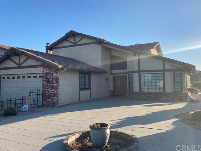 12660 Spring Valley, Victorville, CA 92395 (#302608349) :: Whissel Realty